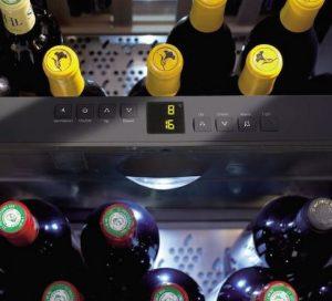 Separate Temperatursteuerung im Mehr-Zonen-Weinkühlschrank