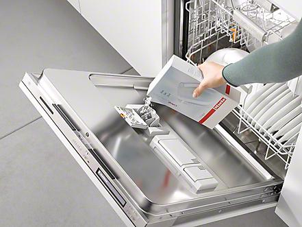 Glaskorrosion im Geschirrspüler - Richtige Dosierung beugt vor