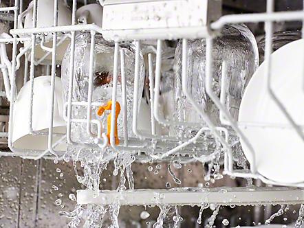 Tipps für ein perfektes Spülergebnis: Geschirrspüler richtig einräumen - Sprühschatten und Blockade der Sprüharme vermeiden