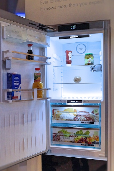 Liebherr BluPerformance Kühlschrank mit Kameras